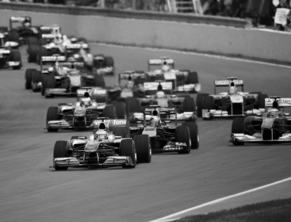 2010_Canadian_GP_race_start
